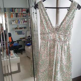 BCBG green & white floral dress