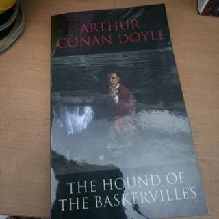 THE HOUND OF THE BASKERVILLES (FREE DELIVERY)