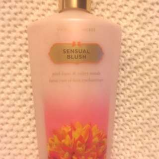 Victoria secret Body lotion *Sensual Blush*