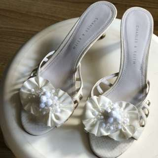 Charles & Keith White Size 36