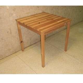 IKEA 實木餐桌 工作桌 書桌 電腦桌 桌子 已組裝