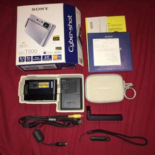 Sony Cybershot T200 Camera