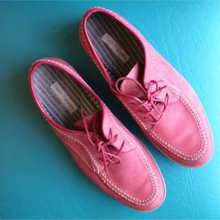 Size 9 Hush Puppies 1958 Collection Lace-Up Shoes (FREE SHIPPING)