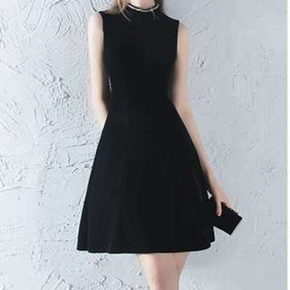 New with Tag Black Velvet Dress Size8-10