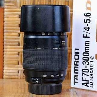 Lensa DSLR Nikon Tamron AF70-300mm