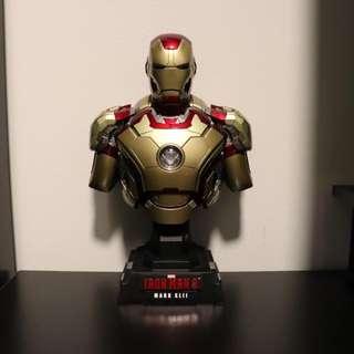 Hot Toys 1/4 Iron Man Mark 42 XLII Bust