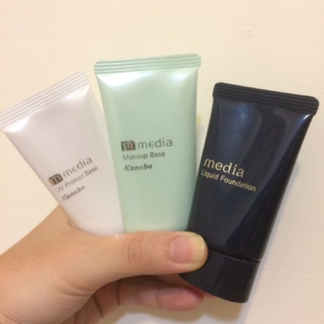 (出清折價)媚點media 保濕粉底液+美肌妝前乳