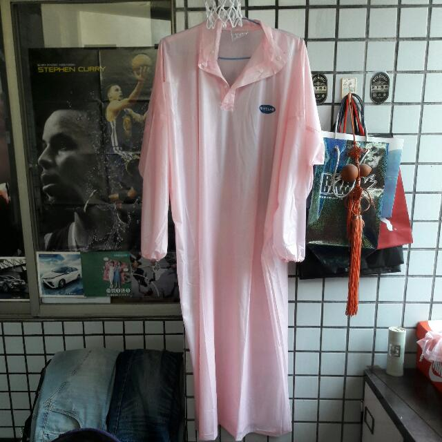雨衣 僅拆封未使用 原價200   150出售