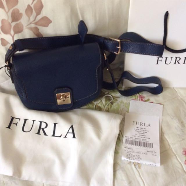 法國帶回 全新FURLA皮革斜背小包 有購證