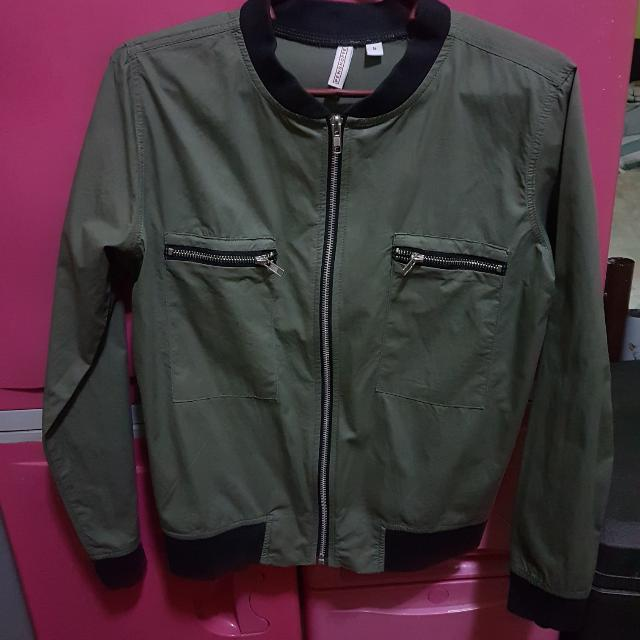 Army Green Bomber Jacket from PENSHOPPE