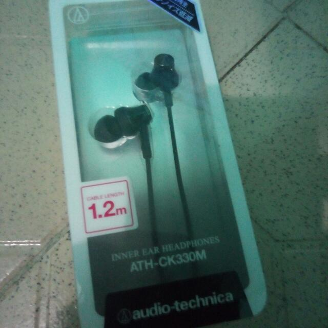 Audio-technika ATH-CK330M Ear Buds at P700