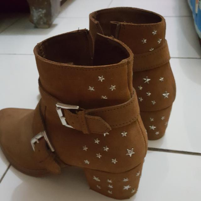 Bershka Boot