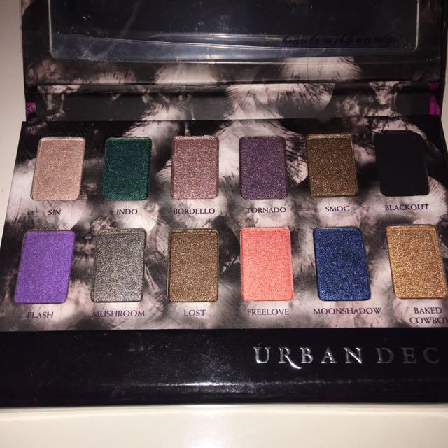 Brand New Urban Decay Shadow Box