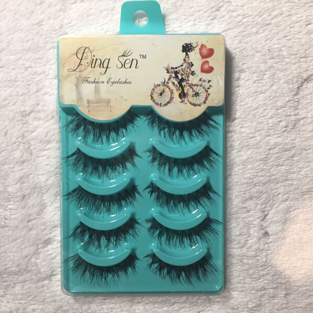 Ding Sen False Lashes