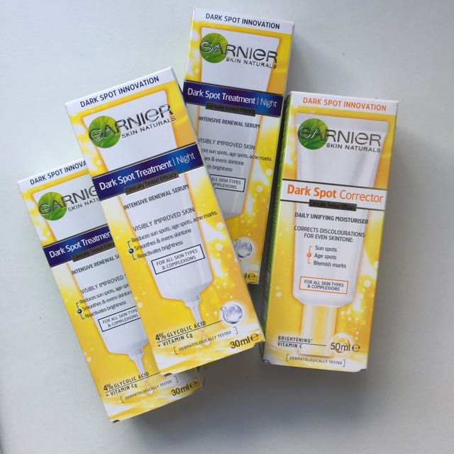 Garnier Dark Spot Corrector Serum & Moisturiser