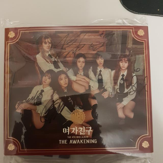 Gfriend - The Awakening (Knight & Military Version) Signed Albums