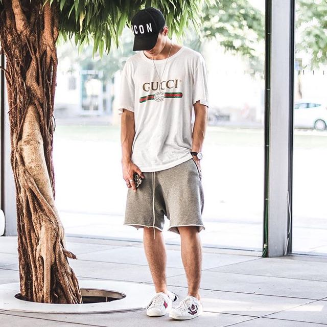 29fc13bd3cd6bc POPULAR  Authentic Gucci Logo Washed T-shirt In White. Price   665 ...
