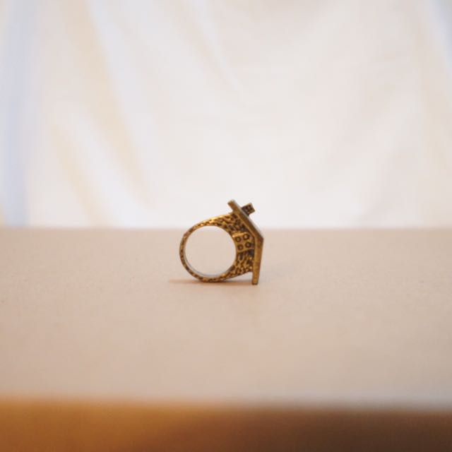 House Ring