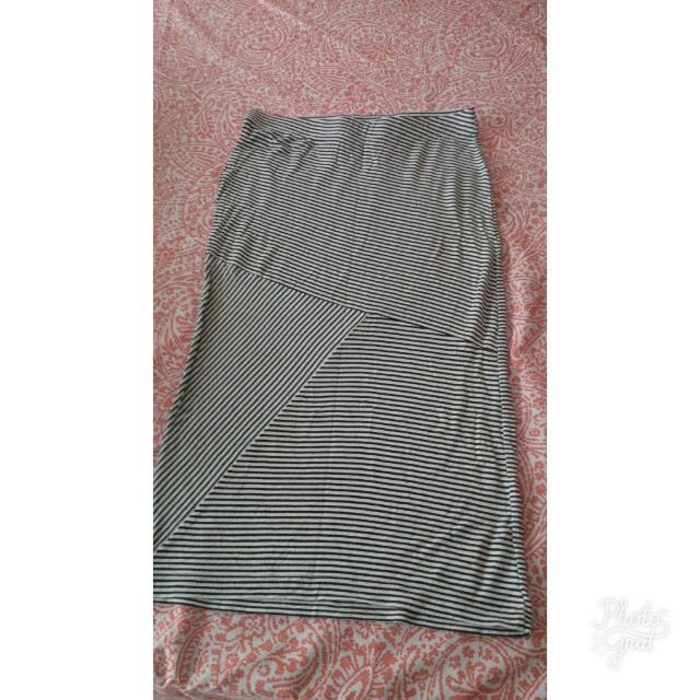 Imported Striped Pencil Skirt