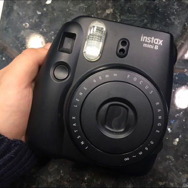 Instax 8 Black Polaroid