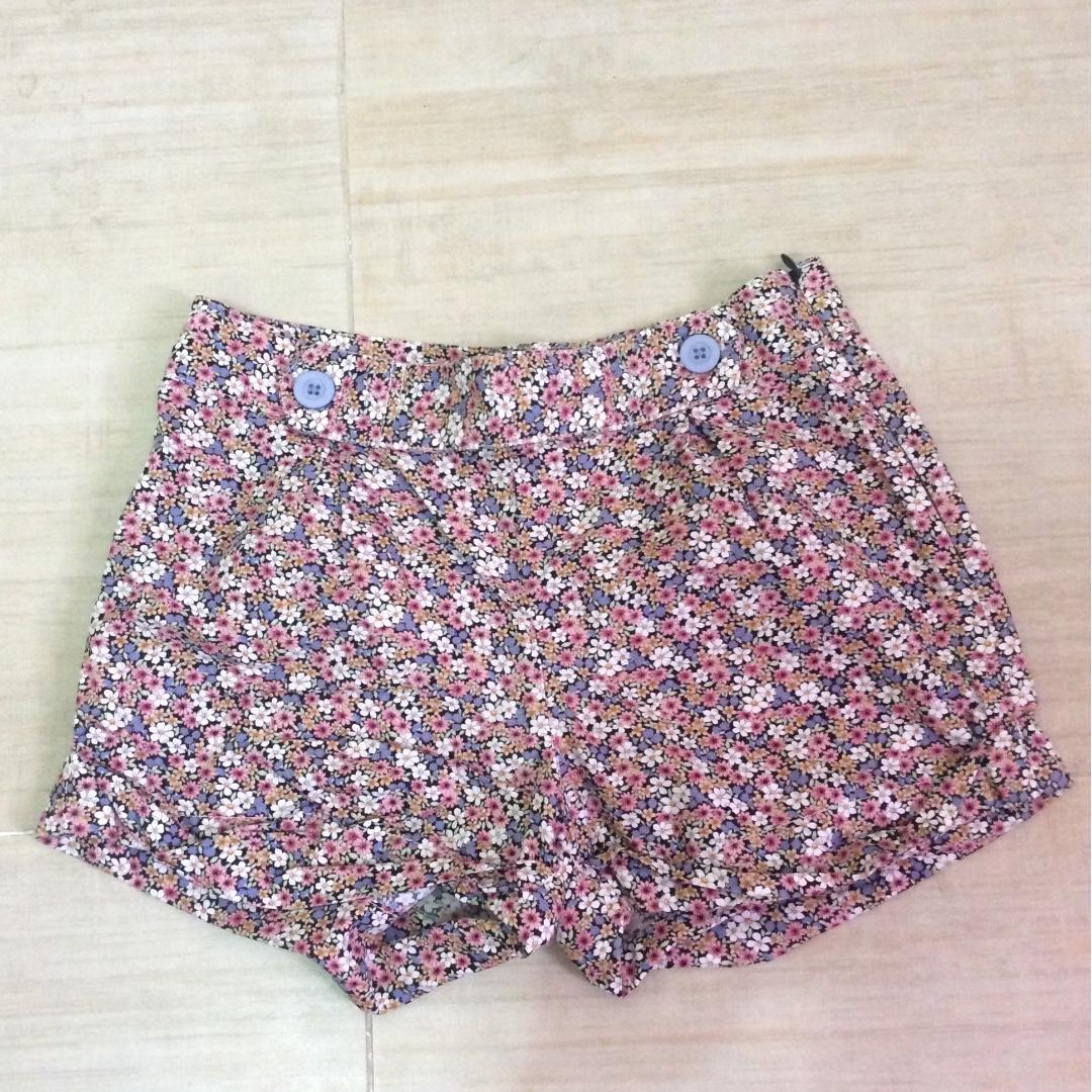 Just G shorts