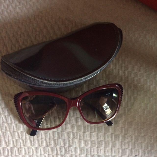 Kacamata Hitam Alexander McQueen