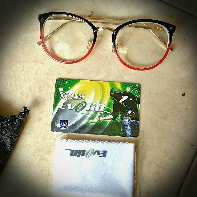 Kacamata minus 5 linda farouw
