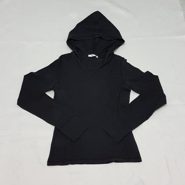Long Sleeves With Hood