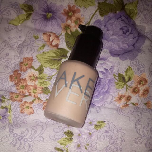 Make Over Ultra Cover Liquid Matt Foundation Shade 03