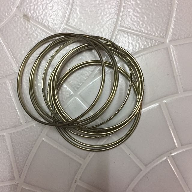 Multiple Bracelets (Gold)