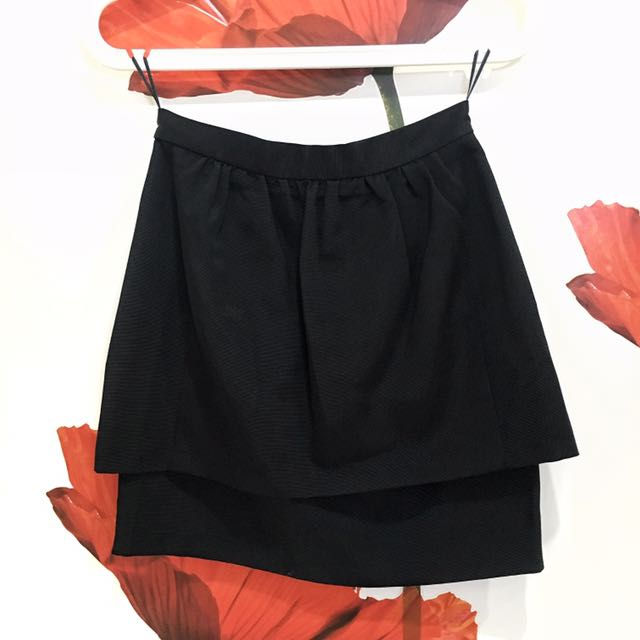 [NEW] H&M Peplum Skirt