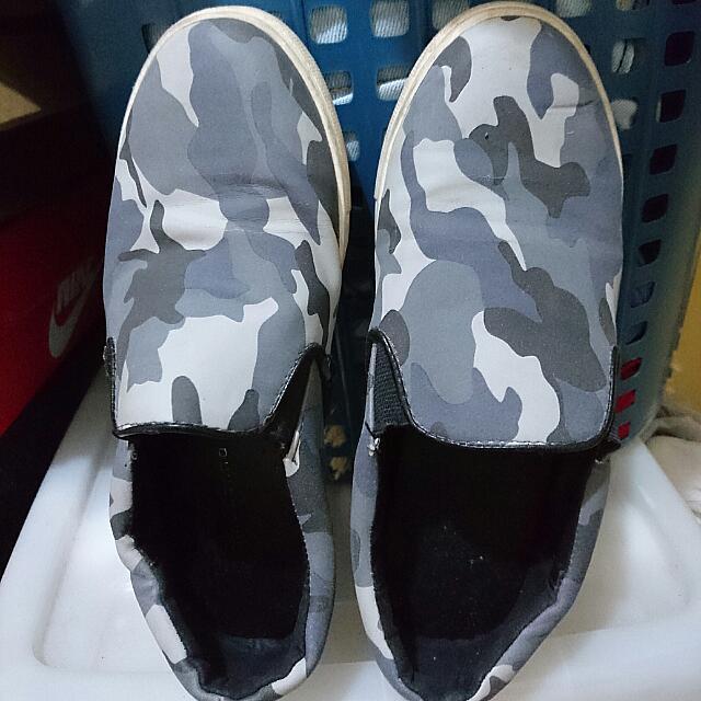 Primadonna Slip On Shoes