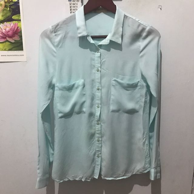 pull and bear baby blue blouse