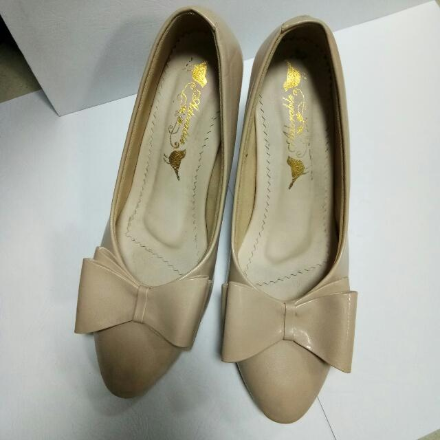 Sepatu Heels Adorableprojects