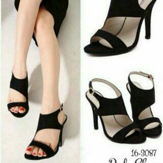 wedg - heels hitam qualitas good