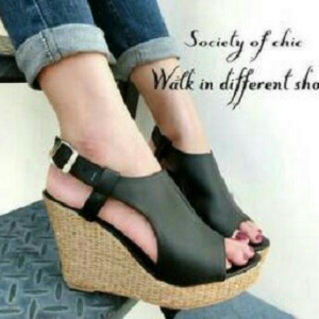 wedg - sepatu wanita diva hitam