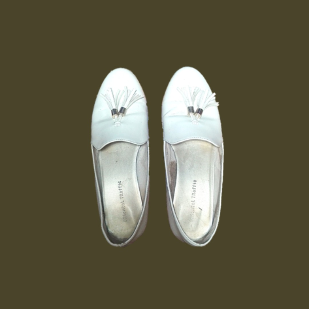 White ORiental TRaffic Shoes (Loafers)