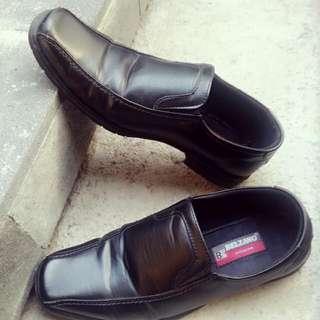 Sepatu Pantofel Belzano
