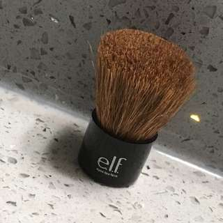 ELF Mini Face Brush