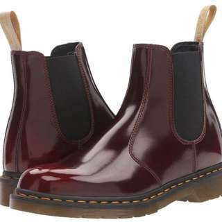 DR.MARTEN Cherry Red Chelsea Boots