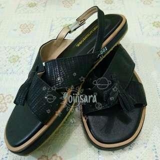 Kieyna Sandals (Black)
