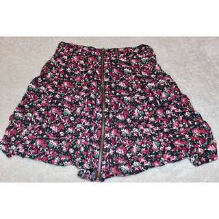 Floral Skirt w/ Side Pockets