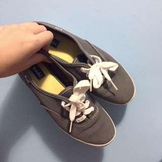 Grey Keds
