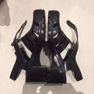 black juju jelly shoes/sandals