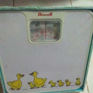 DOWELL BATHROOM SCALE