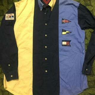Tommy Hilfiger  Pit 25 Labuh Depan 30.5 Labuh Blkng 32 Size L Made In China Condition 9/10
