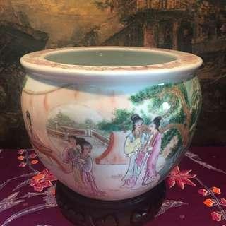 Handpainted Flower Pot Oriental Beauty Motif