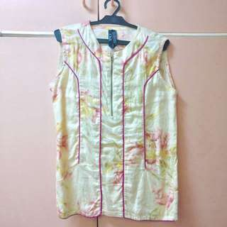 Floral sleeveless by Space