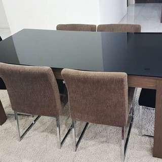 meja makan dinning table