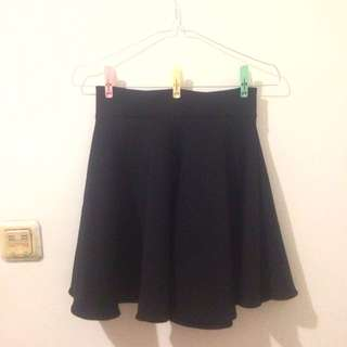 Skirt (black)